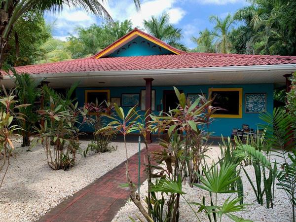 Costa Rica Real Estate - Los Delfines - Tambor